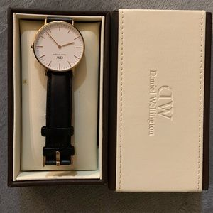 Daniel Wellington Sheffield Classic Leather Watch